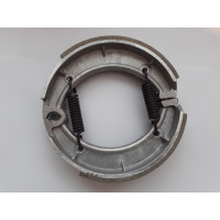 Upper and lower brake shoes
